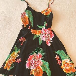 OLD NAVY SUMMER DRESS, BLACK W/FLOWERS, size SMALL